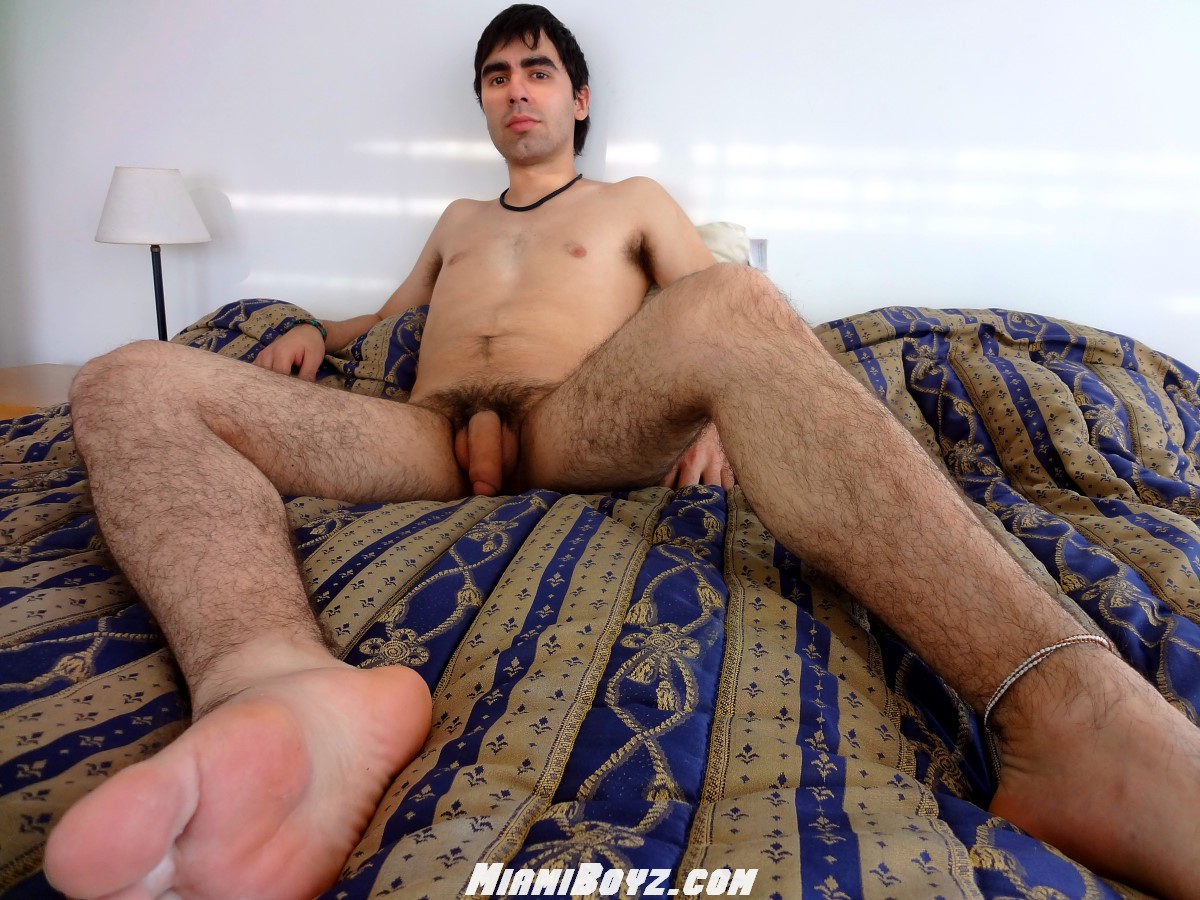 MiamiBoyz Alan Huge Uncut Cock 35 Huge Amateur Argentinian Cock Shoots a Massive Load of Cum