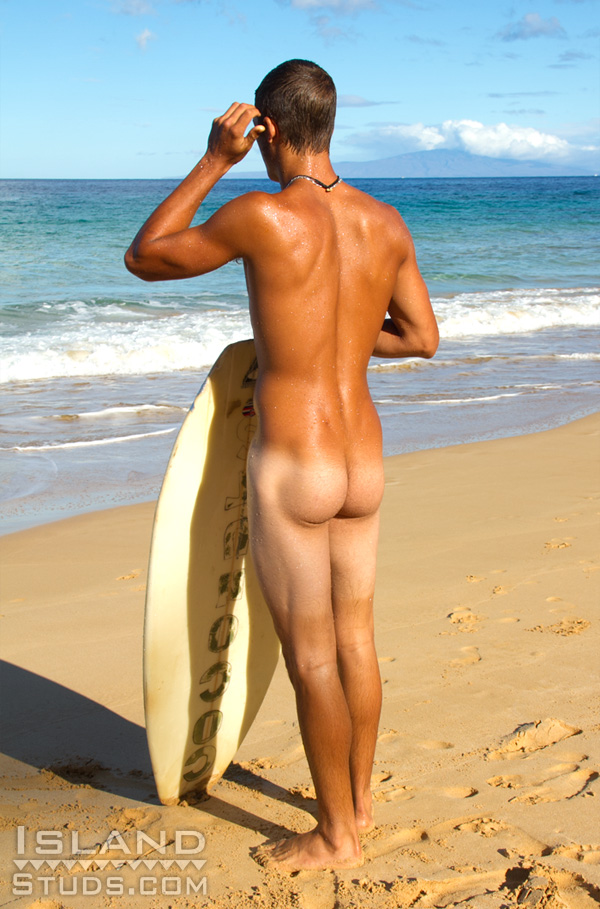 Island-Studs-Luke-Naked-Uncut-Surfer-Gay-07 Uncut Amateur Straight Surfer Shows Off His Big Uncut Cock