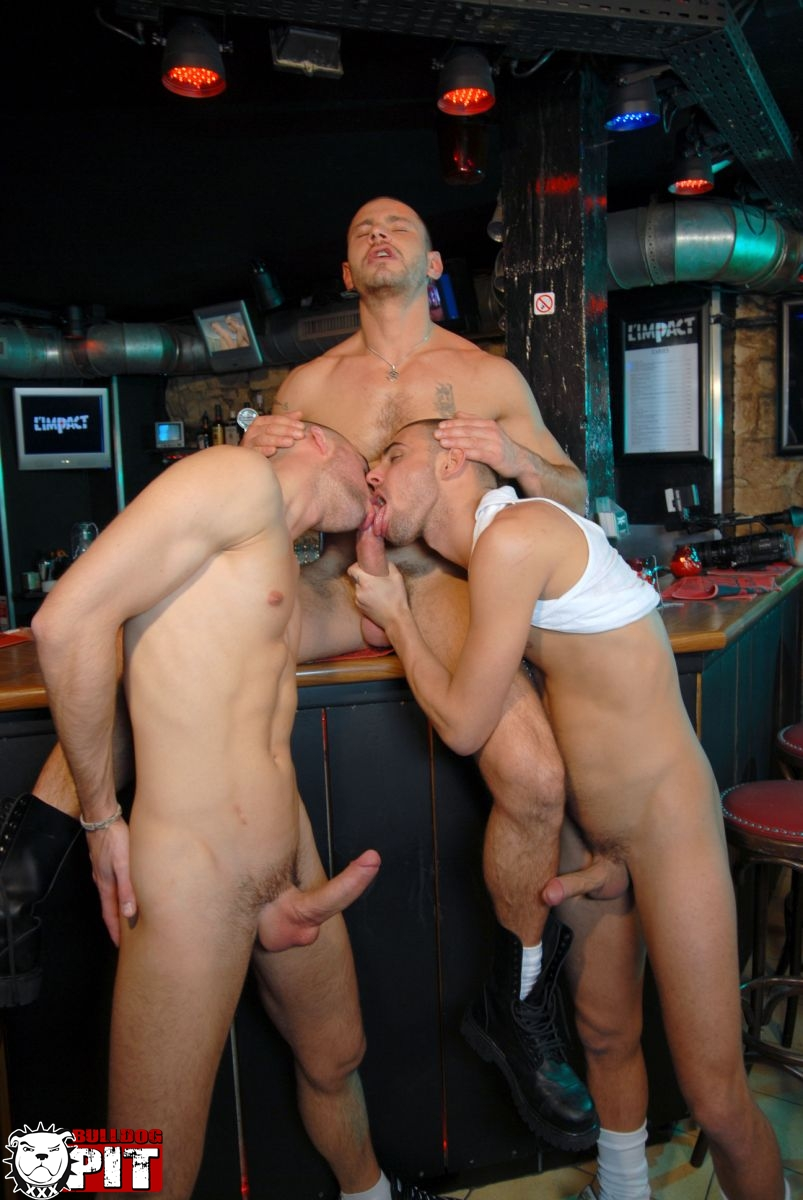 Bulldog-Pit-Greg-Adams-and-Brice-Farmer-and-Ivan-Rueda-threeway-amatuer-jock-fucking-big-uncut-cocks-08 Amateur Hunks With Big Uncut Cocks Caught Fucking in a Gay Bar