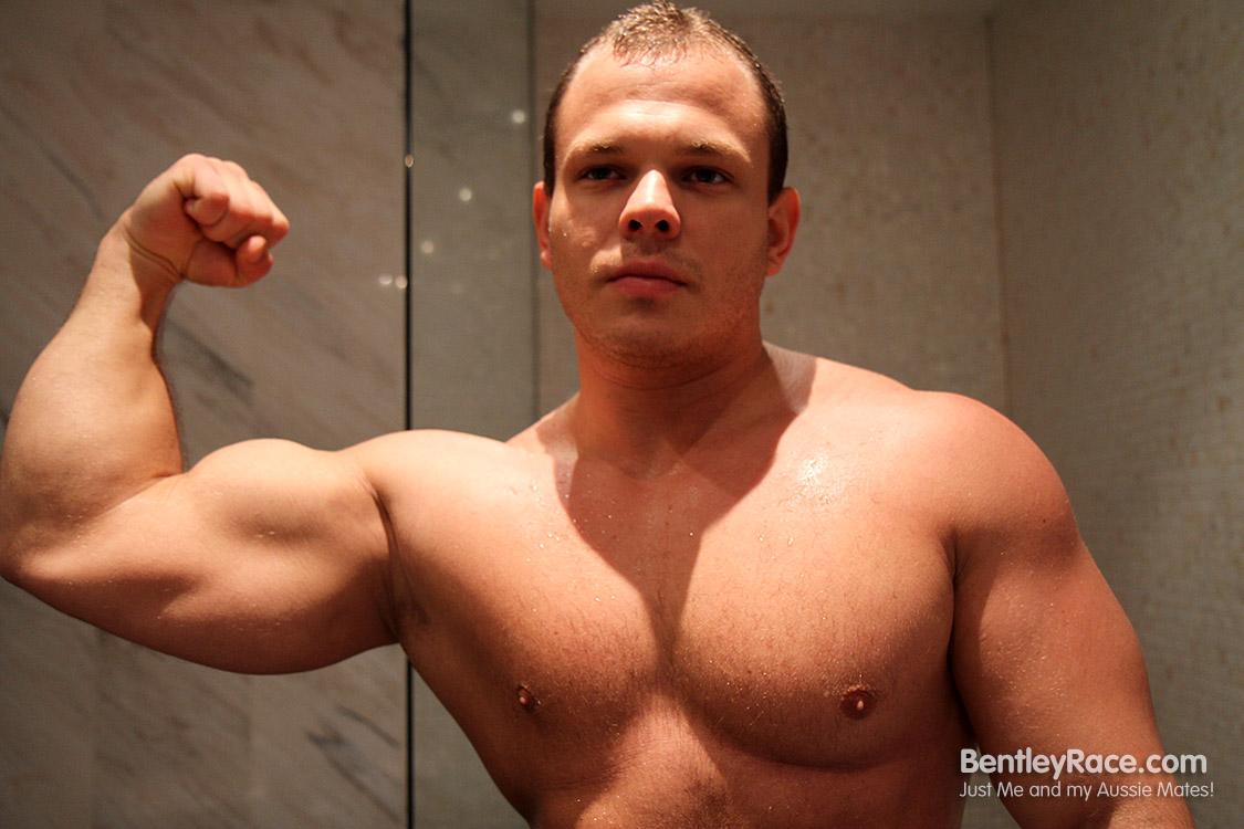 Uncut muscle god jerks off in jungle