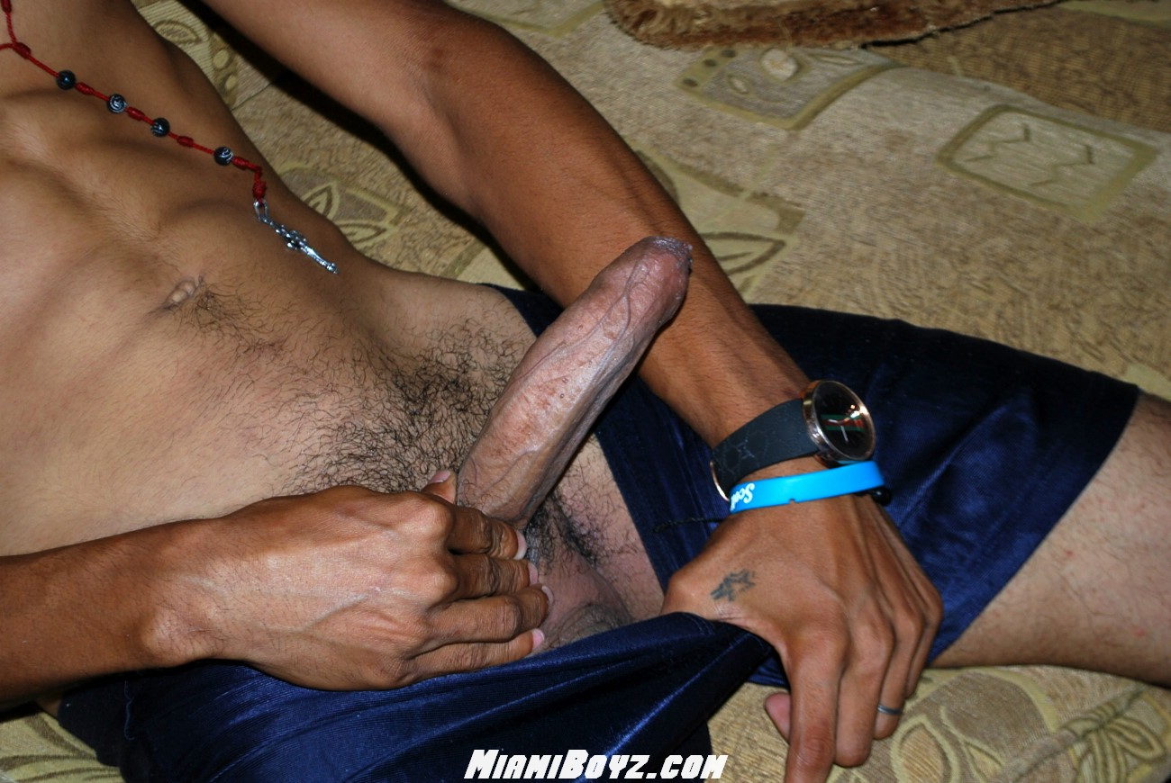 MiamiBoyz PABLO big uncut latino straight cock jerking off Amateur Gay Porn 36 Amateur Straight Latino Teen From Miami Jerks His Huge Uncut Cock