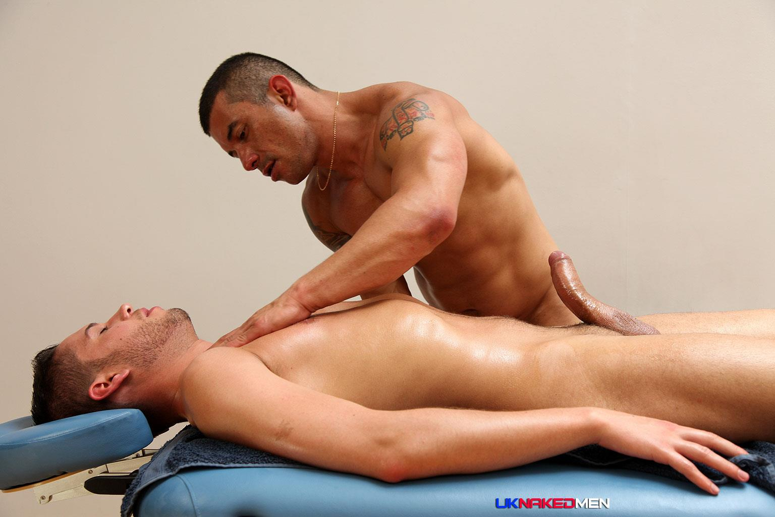UK Naked Men Gio Cruz and Mark Coxx Big Muscle Uncut Cock Guys Fucking Amateur Gay Porn 11 Muscle Daddy Fucks an Amateur Younger Guy With A Huge Uncut Cock