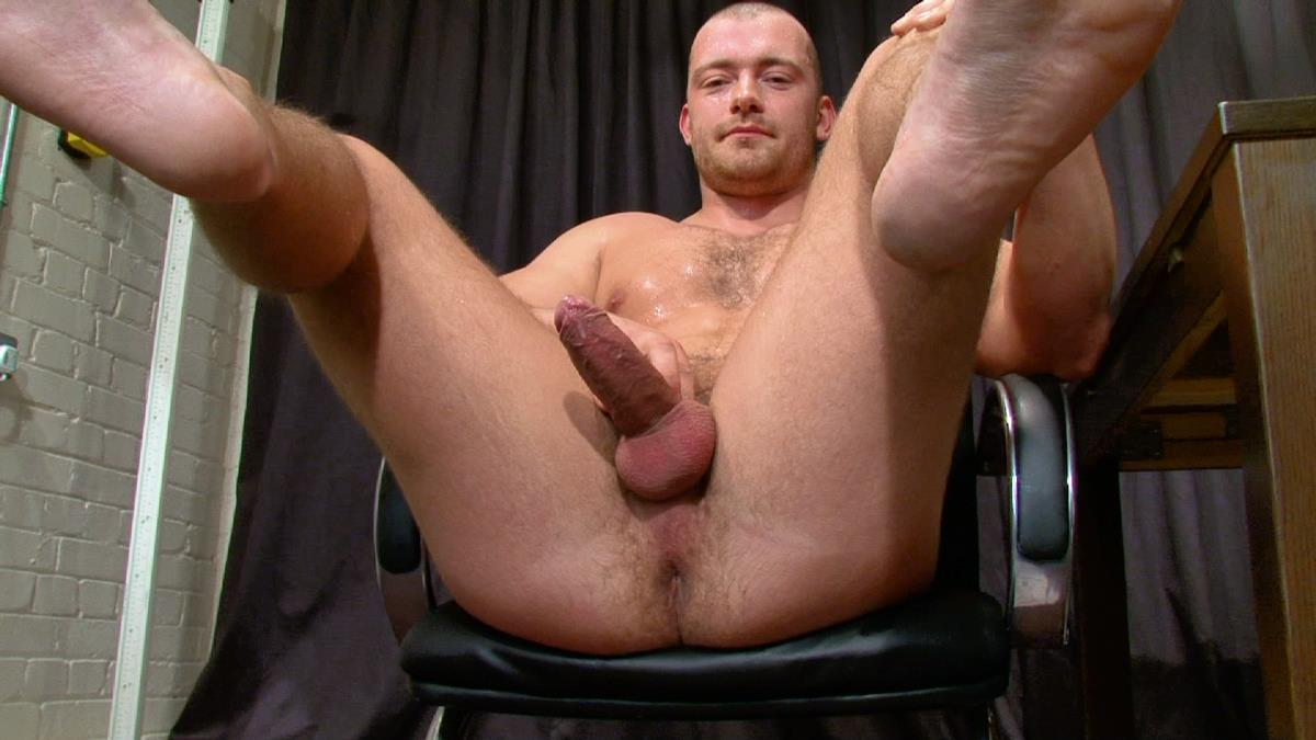 The Casting Room Julian Straight Muscle Guy With Big Uncut Cock Jerking Off Amateur Gay Porn 19 Personal Trainer Shows Off His Big Uncut Cock And Jerks It