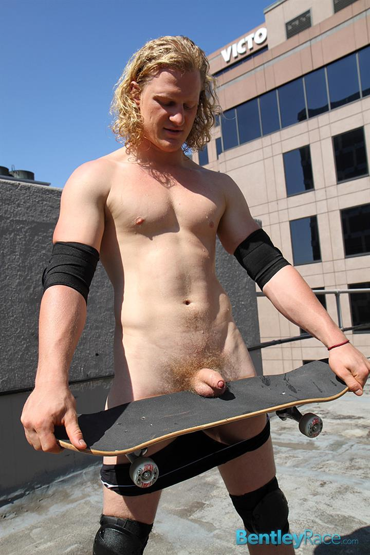 Bentley Race Shane Phillips Aussie Skater Showing Off His Hairy Uncut Cock Amateur Gay Porn 15 Aussie Skateboarder Shows Off His Hairy Uncut Cock In Public