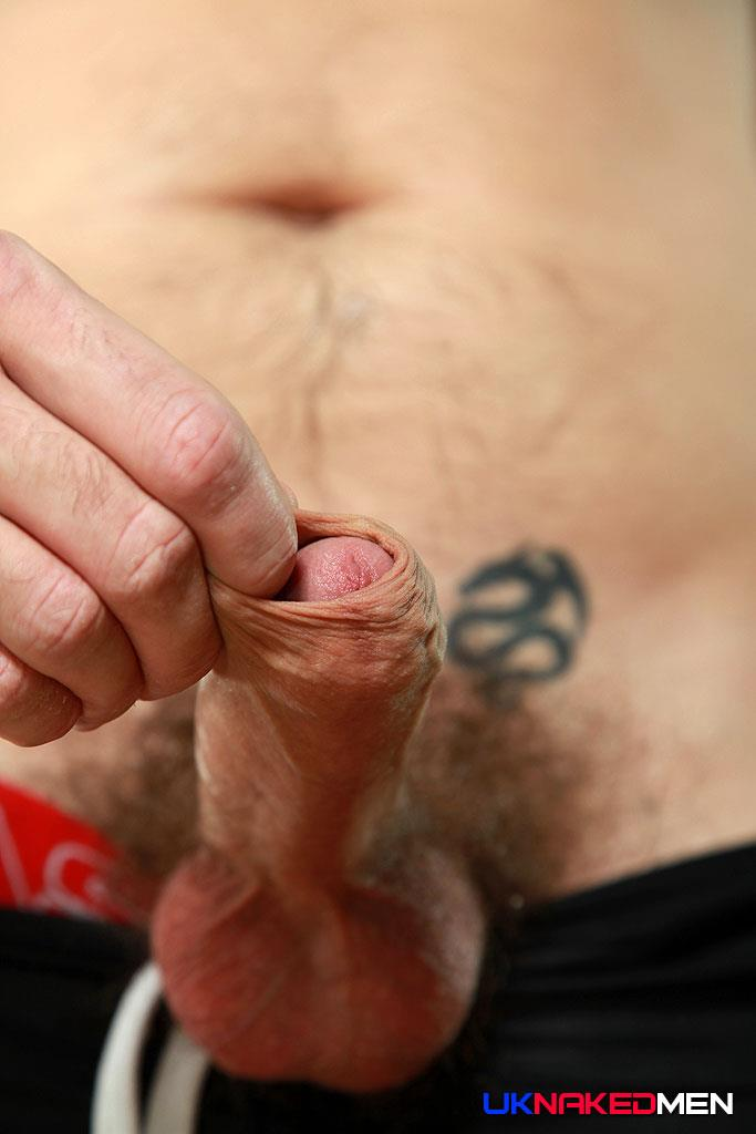 UK-Naked-Men-Tom-Long-Bearded-Guy-With-A-Big-Uncut-Cock-Jerk-Off-Amateur-Gay-Porn-07 Bearded Guy From England Jerking His Big Uncut Cock