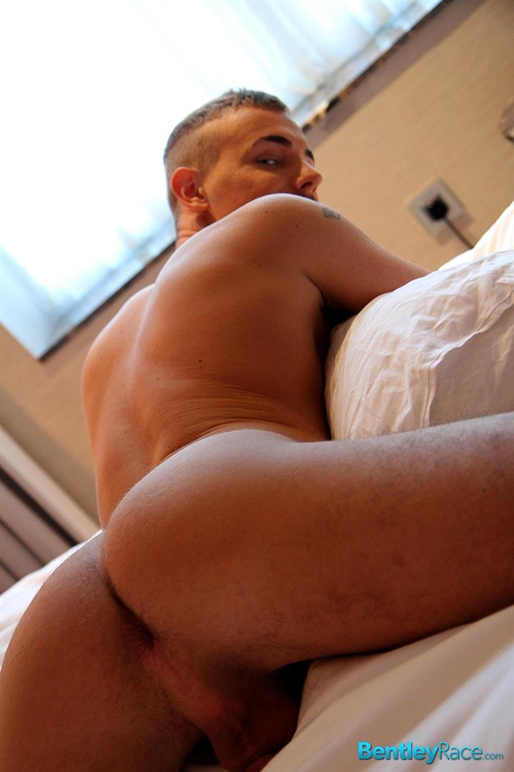 Bentley-Race-David-Circus-Muscle-Guy-With-A-Big-Thick-Uncut-Cock-Jerk-Off-Amateur-Gay-Porn-13 Hungarian Hunk Jerking Off His Very Thick Uncut Cock