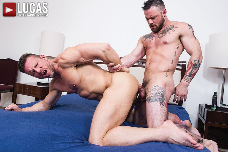 Lucas-Entertainment-Sergeant-Miles-and-Tomas-Brand-Military-Guy-Gets-Big-Uncut-Cock-Bareback-Amateur-Gay-Porn-09 Army Sergeant Miles Takes A Huge Uncut Bareback Cock Up His Tight Ass