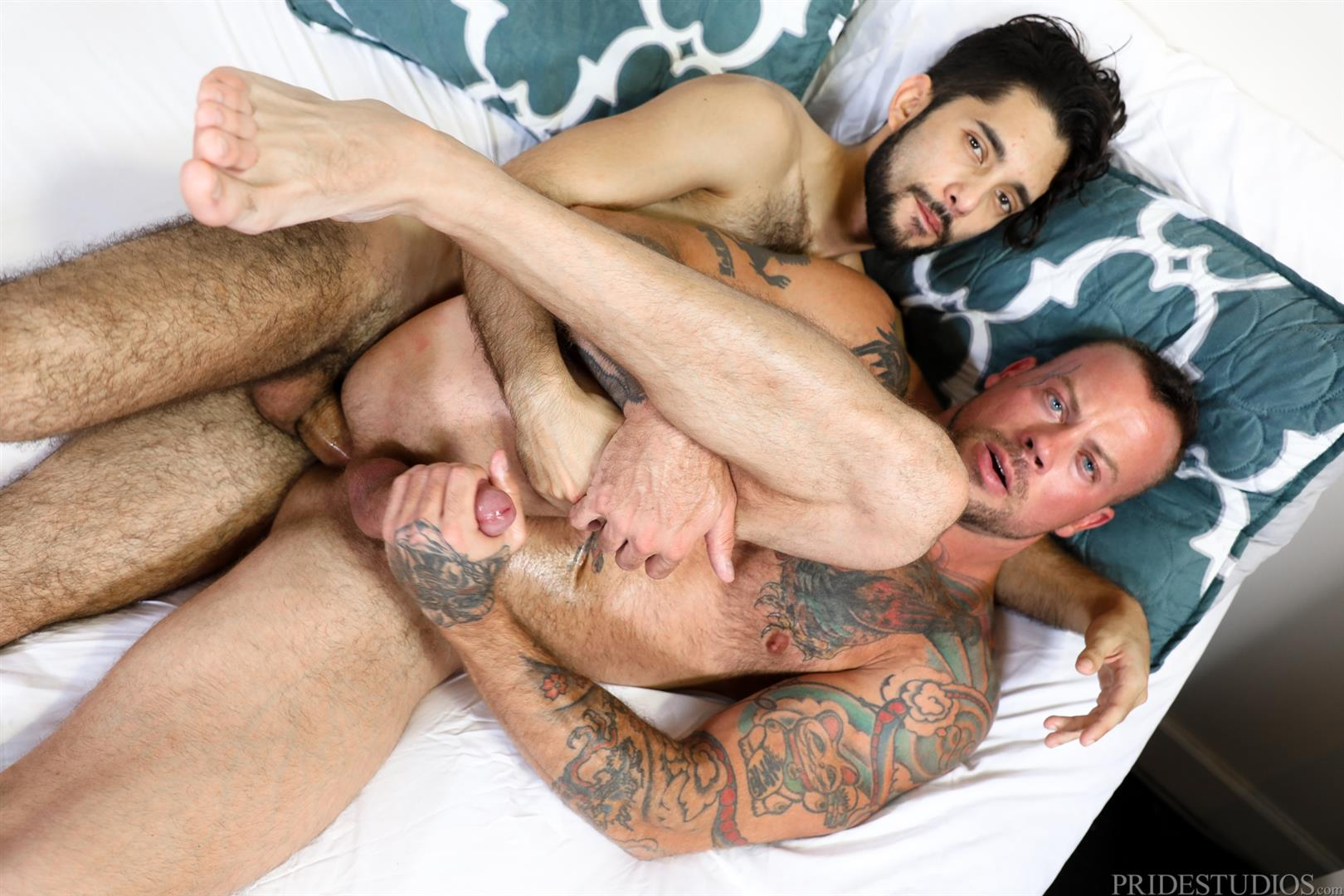 Extra-Big-Dicks-Sean-Duran-and-Jacob-Connar-Big-Uncut-Cock-bareback-sex-11 Watch Muscle Hunk Sean Duran Take A Big Uncut Cock Bareback