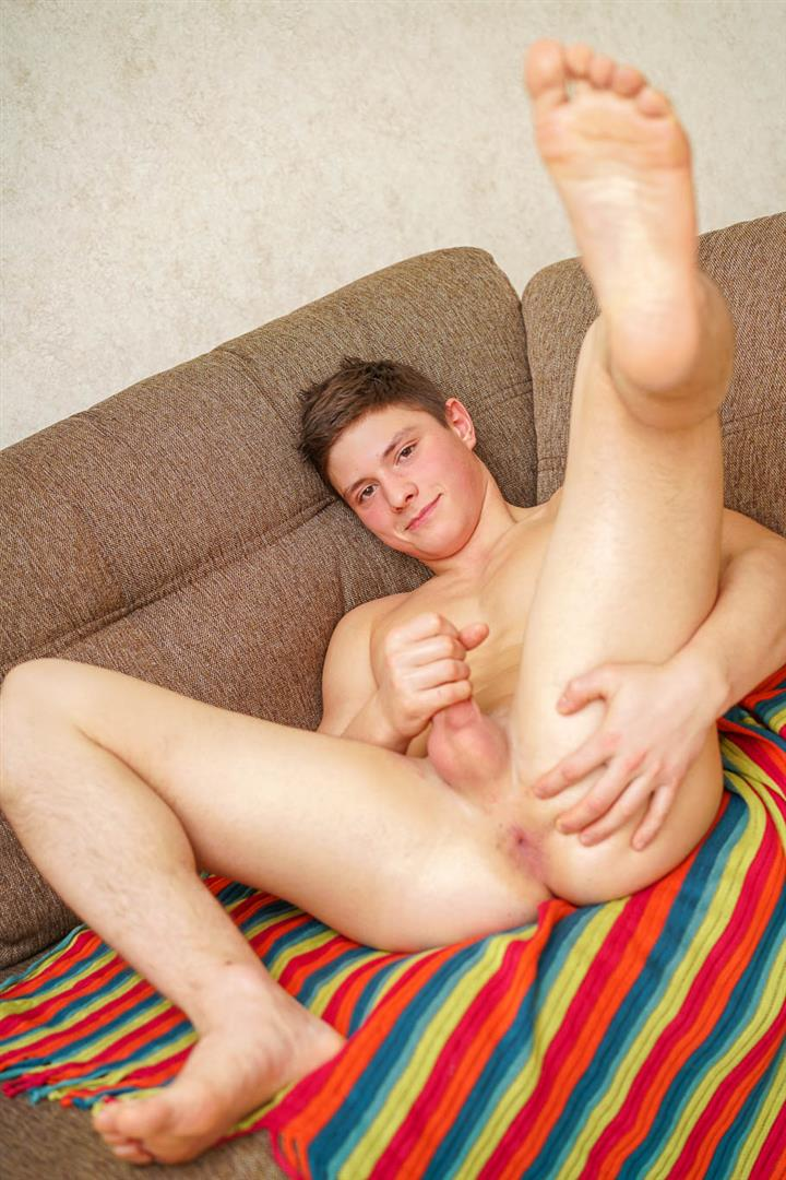 Doggy-Boys-Bohumil-Slavic-Muscular-Czech-Teen-With-A-Thick-Uncut-Cock-Jerk-Off-21 Teen Czech Muscle Boy Shows off His Ass And Jerks His Thick Uncut Cock