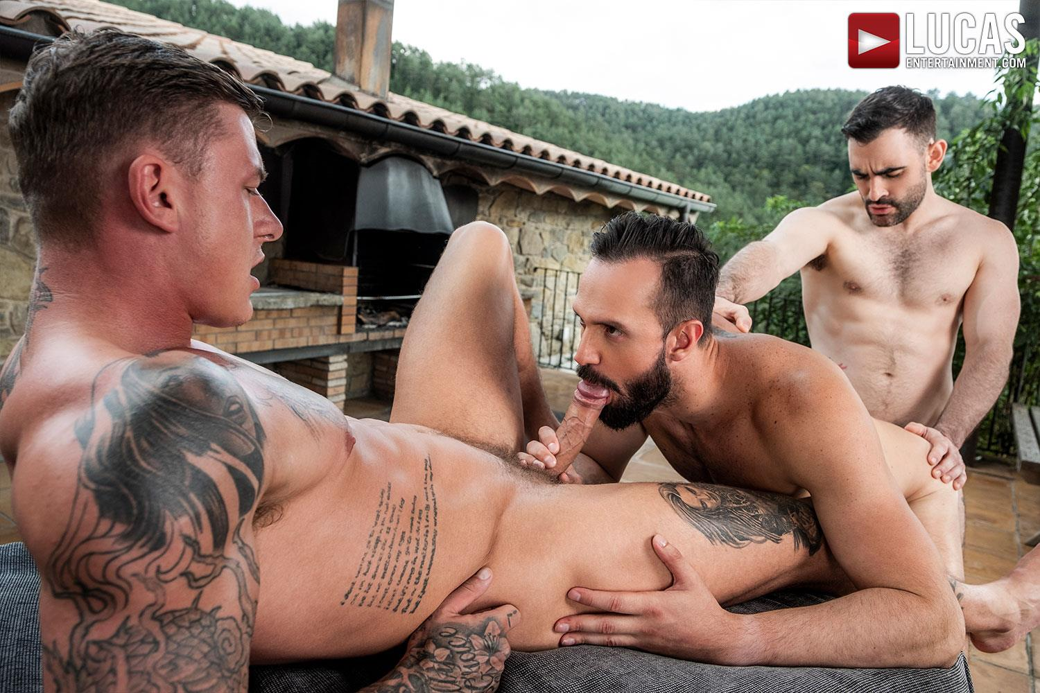 Lucas-Andy-Onassis-and-Geordie-Jackson-and-Max-Arion-Huge-Uncut-Cocks-Bareback-15 Bareback Outdoor Threesome Featuring Three Huge Uncut Cocks